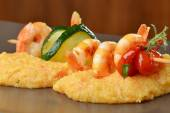 Spicy chili prawn skewers — Stock Photo