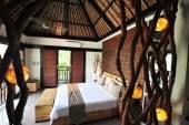 Luxury tropical villa — Stock Photo