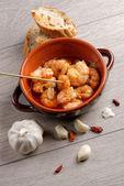Sizzling prawns with chili and garlic — Stock Photo