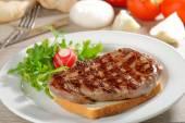 Grilled steak  on toast bread — Stock Photo