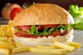 Juicy gourmet burger — ストック写真