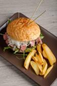 Gourmet burger with roast beef — Foto de Stock