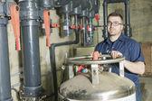 Ingeniero de reparador de fuego sistema de ingeniería o sistema de calefacción — Foto de Stock