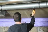 A ventilation cleaner check for dust on it. — ストック写真