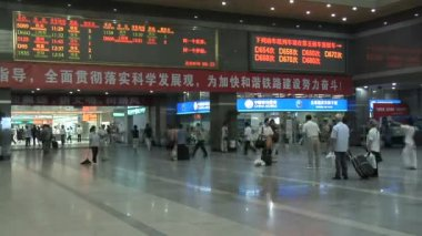 HangZhouTrainStation in China Fast Motion — Stockvideo