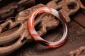 Chinesische jade Armband-Funktionen — Stockfoto