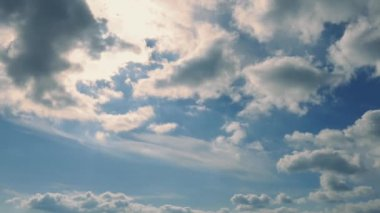 Cloudscape Illuminated By The Sun — Video Stock