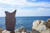 Big balanced stone — Stock Photo