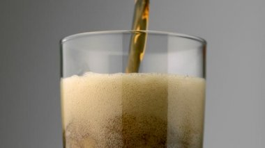 Pouring soft drink into glass — Stock Video