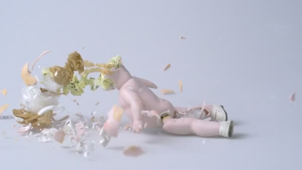 Plates being smashed — Vidéo