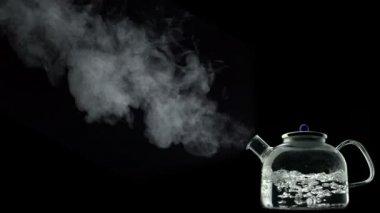 Boiling water in kettle — Stock Video