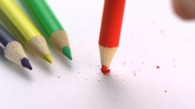 Breaking color pencil — Vídeo stock