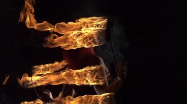 Fire performer playing with fire — Stock Video