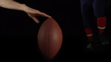 Football player kicking the ball — Stock Video