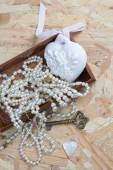 Composition with necklace and decoration vintage design — Stock Photo