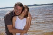 Vater und seiner Tochter Teenager, am Strand während der Ferien — Stockfoto