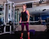 Dead lifts for building functional strength — Stock Photo