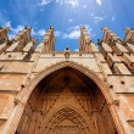 La seu Cathedral and Almudaina in Palma de Mallorca — Stock Photo #61037347