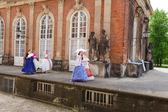 Dívky v šatech z 19. století — Stock fotografie