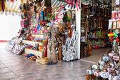 Assortimento di negozi di souvenir — Foto Stock