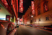 Christmas red light balls on a street — Stockfoto