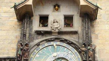 Prague astronomical clock — Stock Video