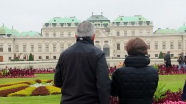 Tourists photographing Belvedere — Stock Video
