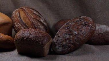 Bread on sackcloth — Stock Video
