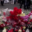 People are going to honor the memory — Stock Video #69124581