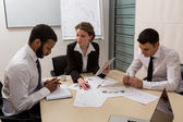 Boss scolds the manager. — Stock Photo