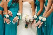 Bridesmaids hands. — Stock Photo