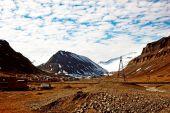Mountains in Spitsbergen, Svalbard, Norway. — Stock Photo