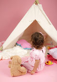 Toddler Girl Pretend Play with Teepee Tent and Stuffed Bear Toy — Stock Photo