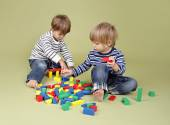 Kids, Children Sharing and Playing Together — Stock Photo