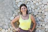 Žena v zeleném tričku — Stock fotografie