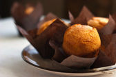 Three muffins on the plate — Foto Stock