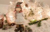 Girl doll in Winterland — ストック写真