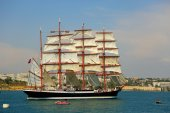 Old sailing ship in the port — Stock Photo