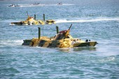 Amphibious landings on the coast — Stock Photo