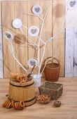 Bagels, drying, a wattled basket and a wooden butt — Stock fotografie