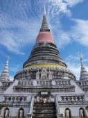 プラサムットチェディ寺三重塔 — ストック写真