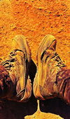 Old shoes, holey dusty sneakers, worn shoes, hiking. — Stock Photo