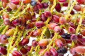 Closed up of Palm seed bunch - riped — Stock Photo