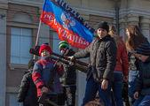 Makeevka, Ucraina - 22 febbraio 2015: Il ragazzo è fotografato — Foto Stock