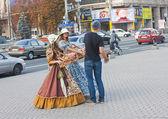 UKRAINE, KIEV - September 11,2013: Girls in historical costumes — Stock Photo