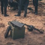 Ammunition box and machine gun — Stock Photo #58188849