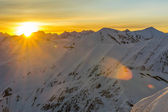 Sunrise in the mountains in winter — Stock Photo