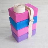 Yoga props blocks with strap — Stock Photo