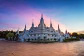 Prang Temple Wat asokaram of Samutprakarn Province Thailand — Stock Photo