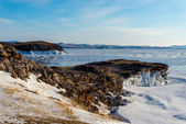 Winter landscape on the shores of ice Lake Baikal, Russia — Stock Photo
